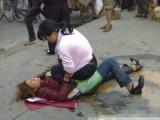 野蛮女人街头打架 发飙野蛮女人惹不起(图)